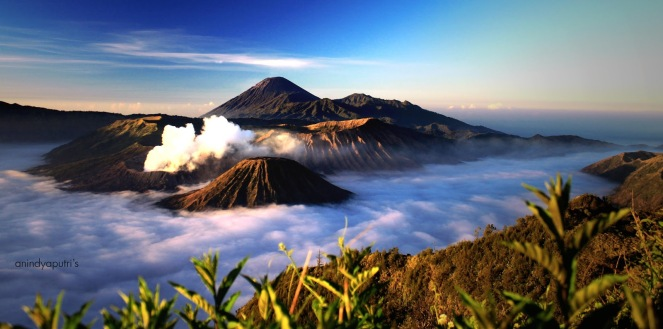 bromo_and_friends_by_puthanindya-d465mmz